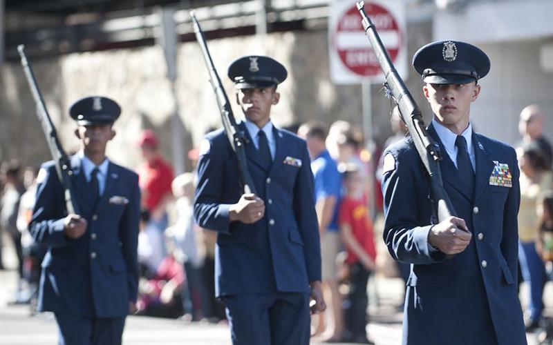 Veterans-Parade.jpg