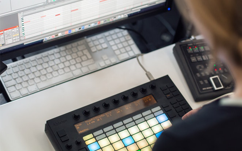 Ableton Live: Recording with External Instruments