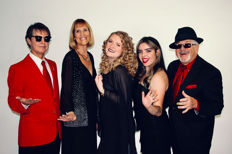 Jazzy Christmas featuring Jazzmin Vocal Band